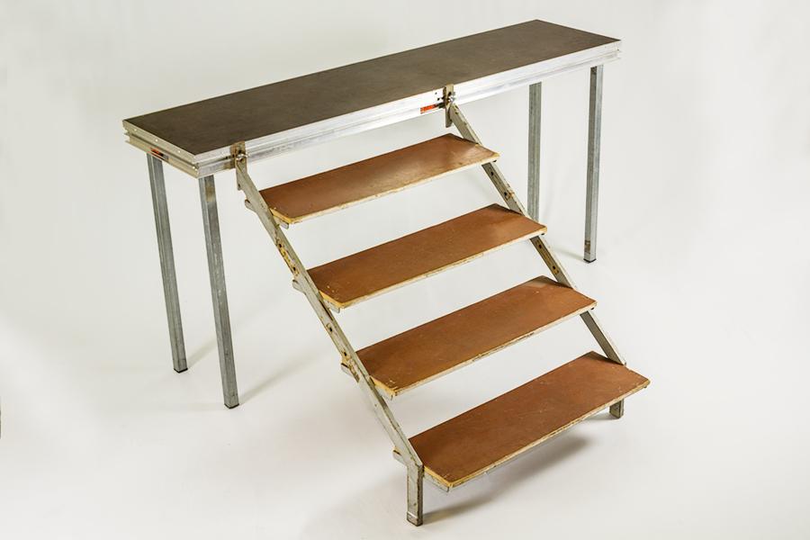 Alquiler de escaleras para tarima finlandia 40 100cm - Alquiler de escaleras ...