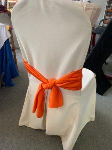598- Lazo para silla color naranja. jpg